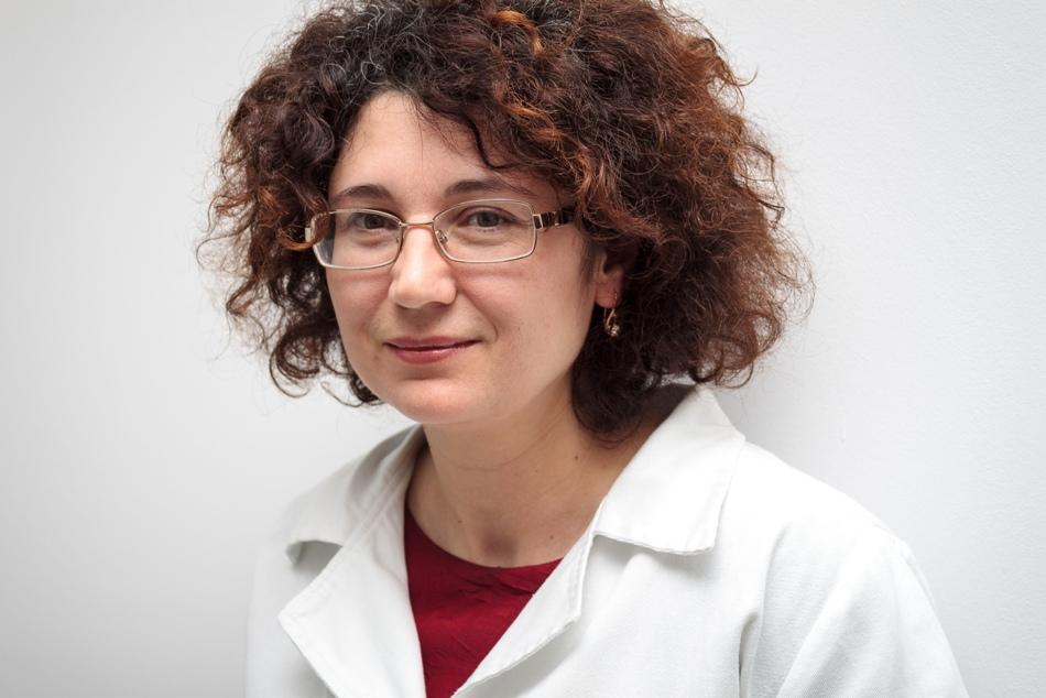 Dr. Cătălina Gălățanu